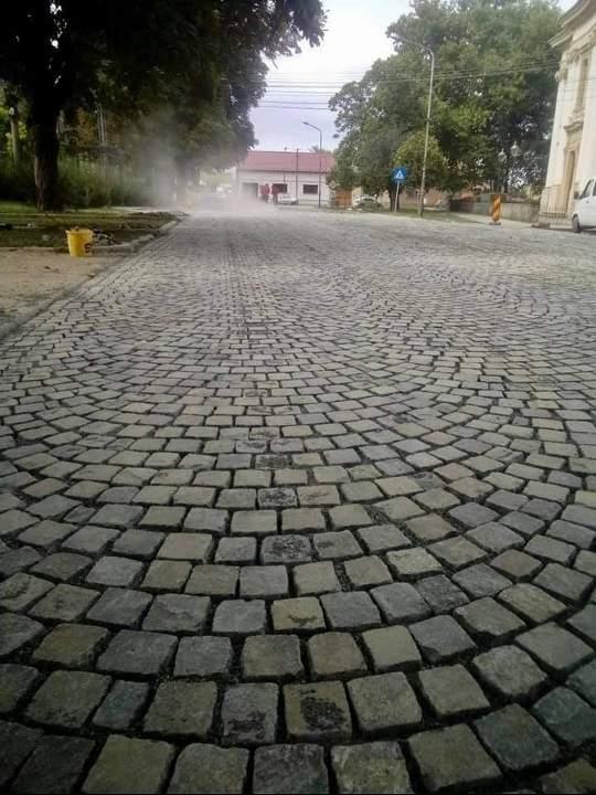 piatra cubica Cuj Napoca
