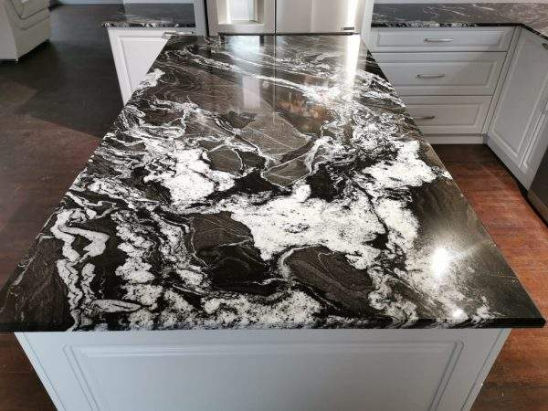 Black Horse granit