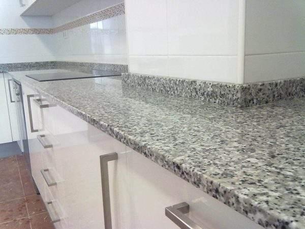 Crema Julia granit